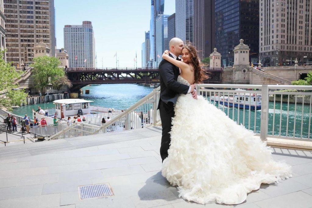 Best Chicago Wedding Engagement Photographer